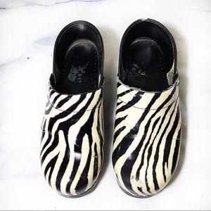 Dansko Pro Patent Zebra Print Clogs Size 38